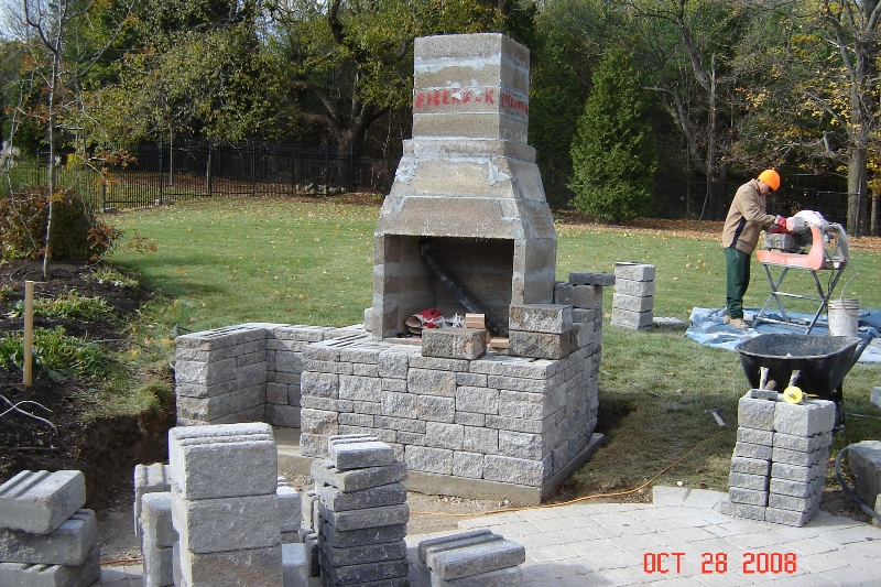 outdoor-fireplace-before