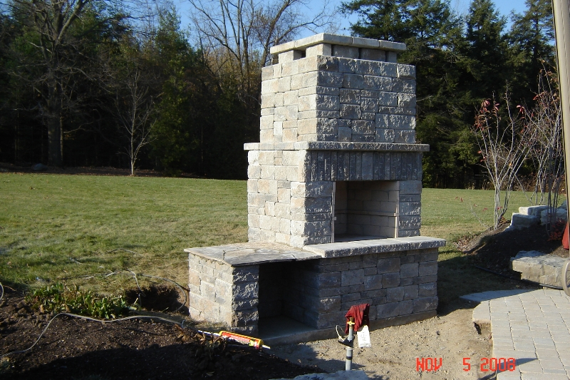 outdoor-fireplace-complete